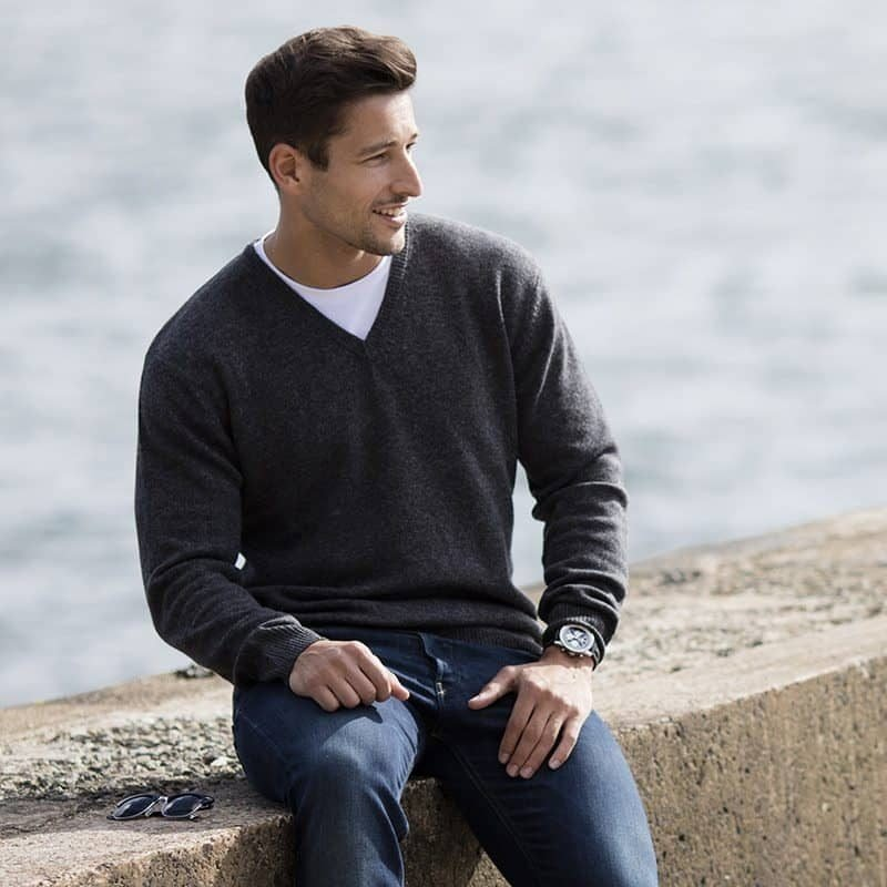 RSrnYC Men's Lambswool V-Neck Jumper